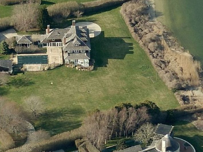La casa del anticapitalisa Roger Waters en Long Island el sitio más caro de Usa con vecinos como Spielberg o Ralph Lauren