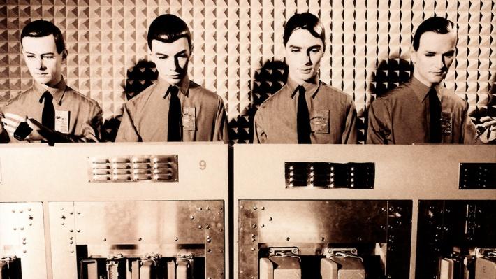 Kraftwerk anticiparon un mundo totalmente informatizado%2c tecnologizado y%2c pronto%2c robotizado.jpg