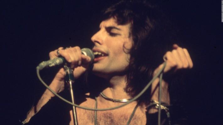 En cualquier selección de los mejores solistas de la historia del rock jamás podrá faltar Freddie Mercury.jpg