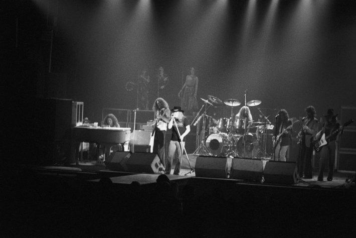 La trayectoria de los integrantes de Lynyrd Skynyrd es un sinfín de sucesos y tragedias.jpg