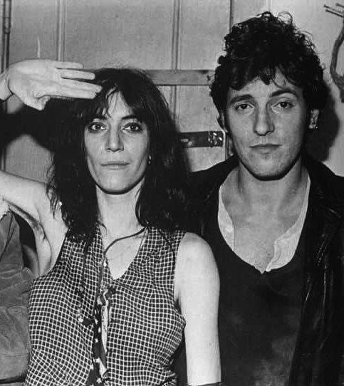 Una de las canciones donadas por el autor a un colega fue el %27Because the night%27%2c que The Boss regaló a Patti Smith hacia 1976..jpg