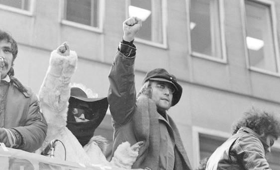 Por imágenes tan %27terribles%27 como esta John Lennon tuvo estuvo en el punto de mira de los federales.jpg