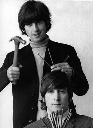 Una, sólo una canción de los Beatles está firmada por Lennon-Harrison.jpg