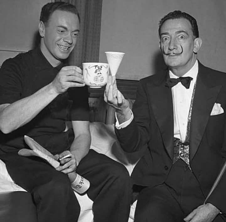 Alan Freed y Dalí en febrero de 1957.jpg