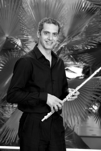 José Lanuza,