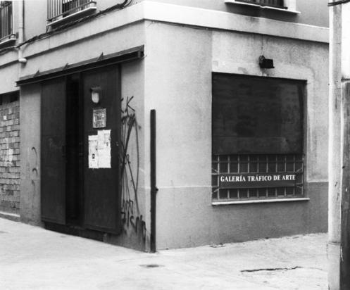 Fachada de la galería 'Tráfico de Arte' 1995. Fotografía: Cristina Pimentel.