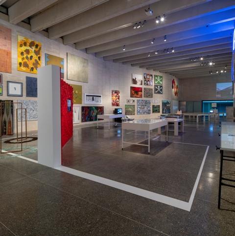 Vista de la exposición Tráfico de Arte. Galería, ciudad y periferia. MUSAC.