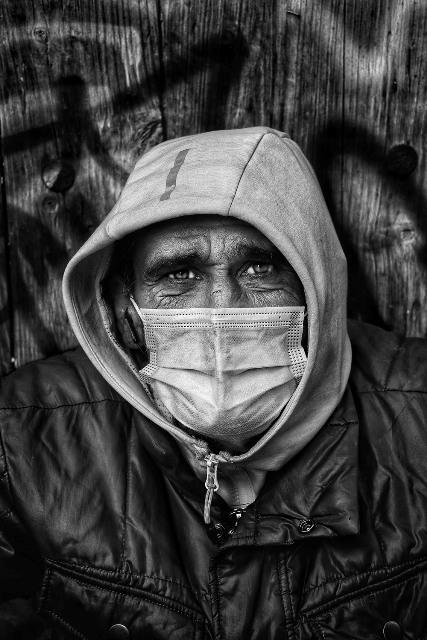 1º Premio. Pascual Marin. 'Otra cara, retrato de una pandemia'.